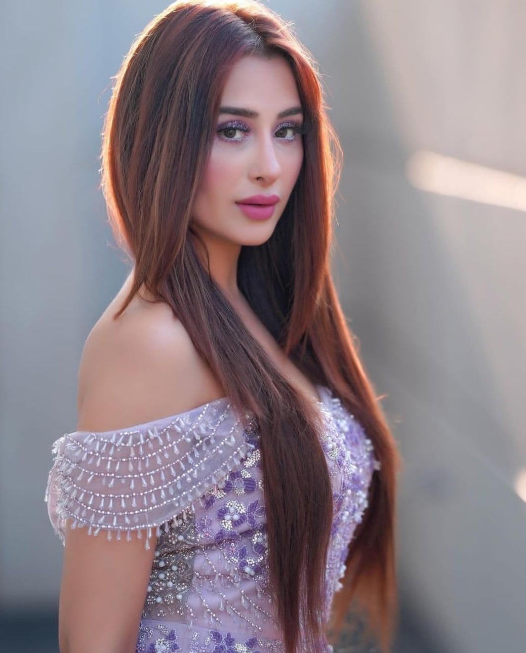 Mahira Sharma Net Worth 2021